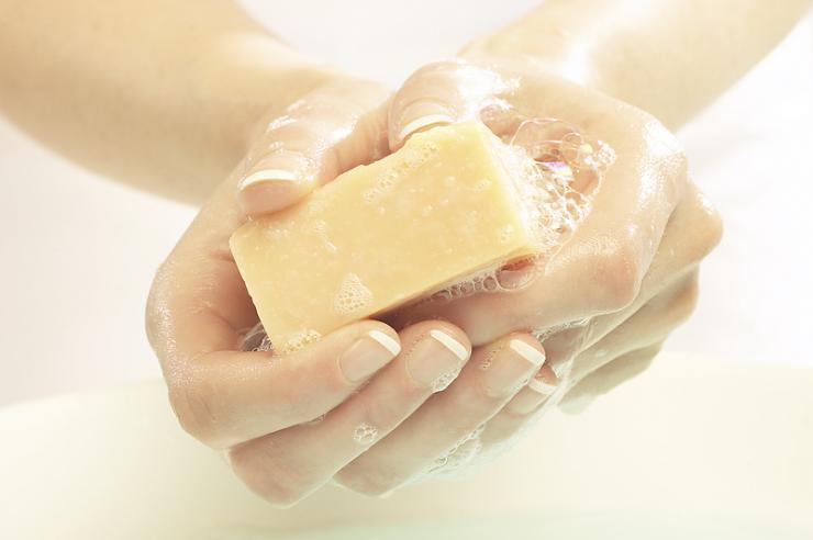 Способы лечения грибка ногтей ног хозяйственным мылом