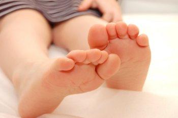 Причины появления сыпи на ногах у детей