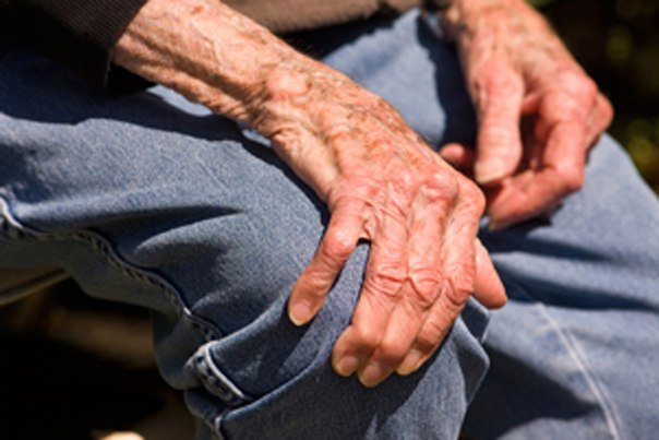 Восстановление после перелома шейки бедра у пожилых людей