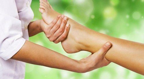Способы проведения массажа при пяточной шпоре