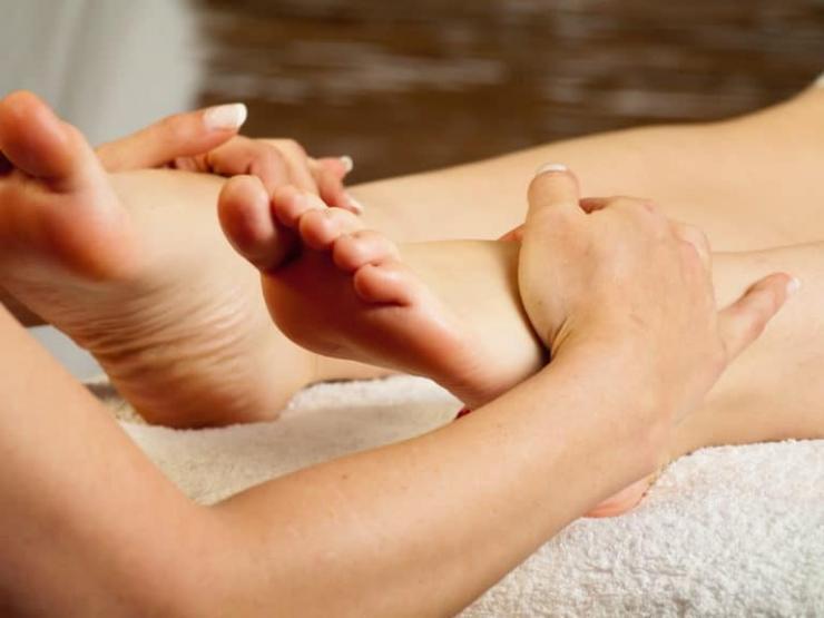 Что делать, если отекают ноги при онкологии?