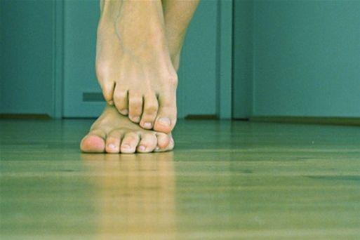 Почему мерзнут ноги от ступни до колен?