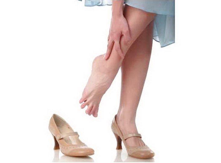 Причины и лечение тяжести в ногах