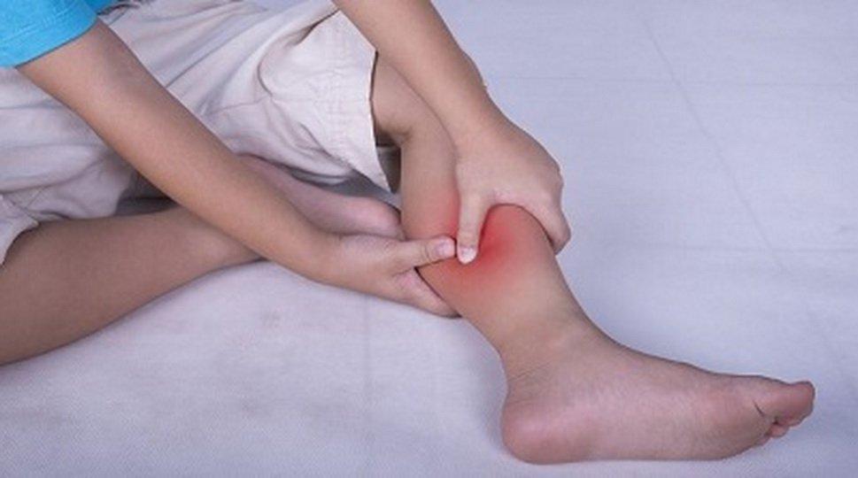 У ребенка болят ноги после температуры при ОРВИ