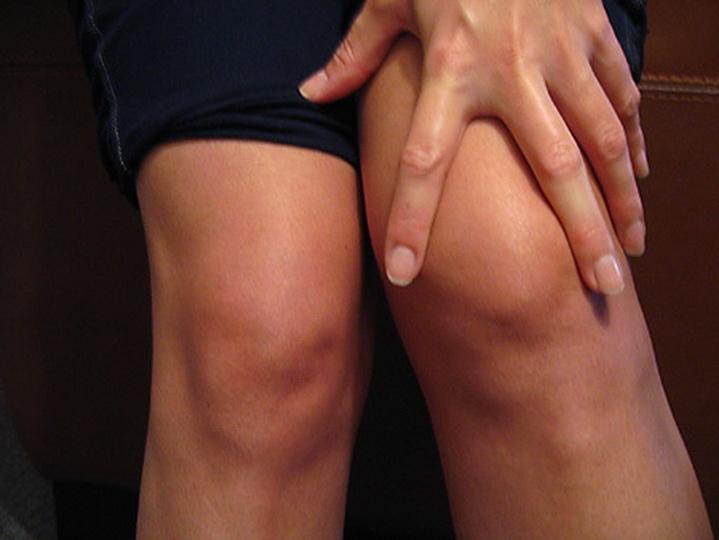 Способы устранения целлюлита на коленях