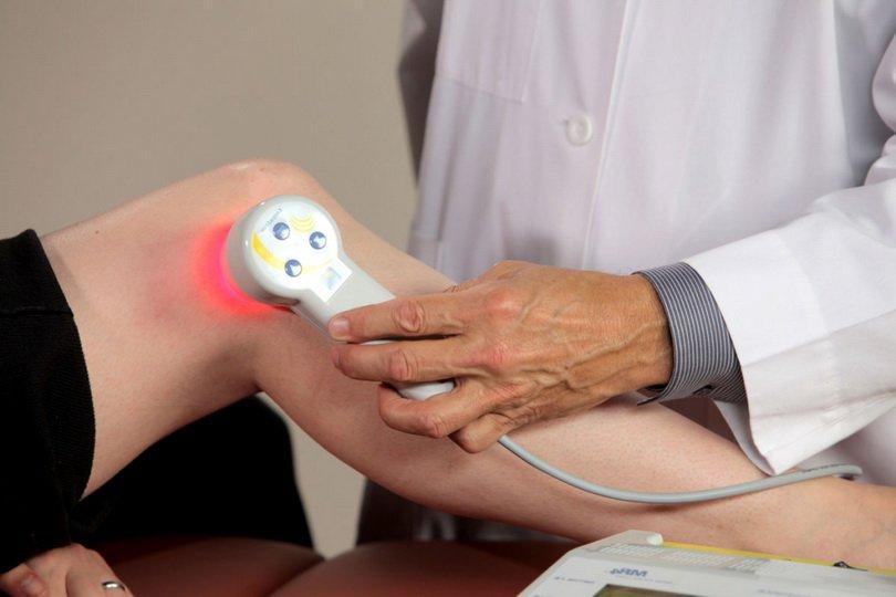 Лазеротерапия при артрозе коленного сустава