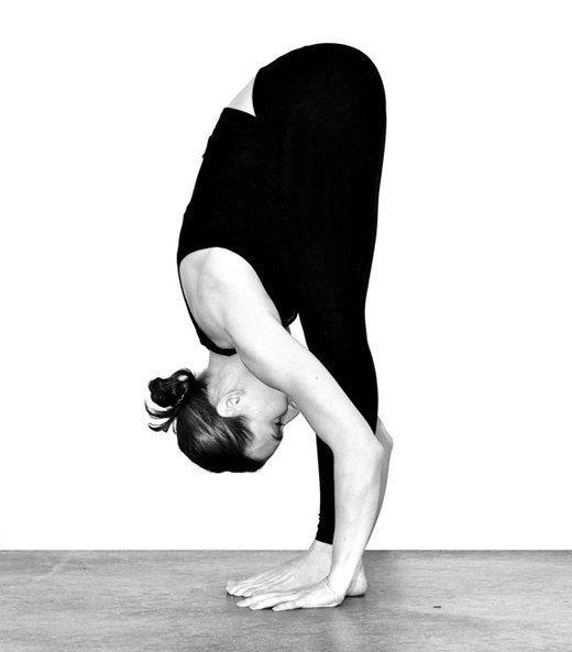 12 упражнений йоги для похудения ног
