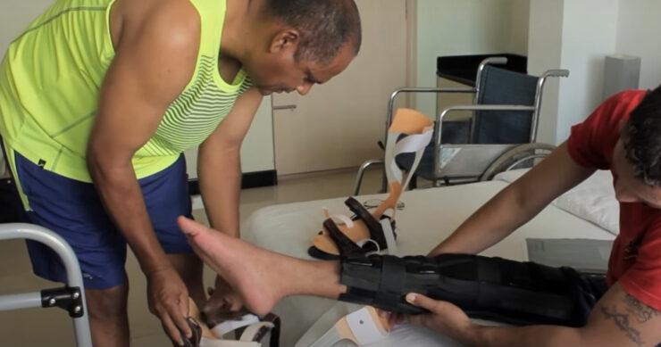 Как распознать параплегию ног